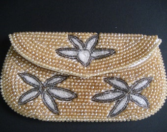 Vintage beaded purse change clutch