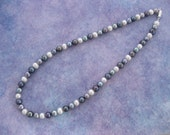 Evening pearl necklace