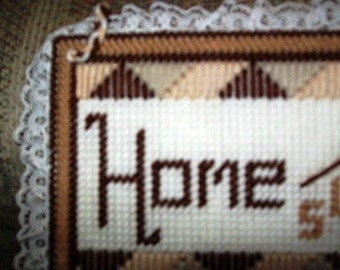 Home Sweet Home Hanging Wall Decor Sign, Wedding or Housewarming Gift