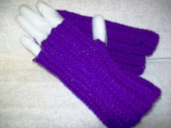 Fingerless Texting Gloves or Wrist Warmers Purple, Ladies Small
