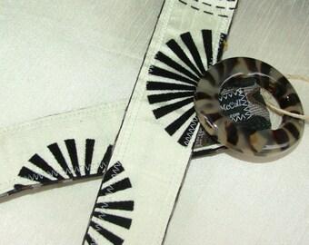 Women's Belt, Reversible Belt,  Black and White, S/M