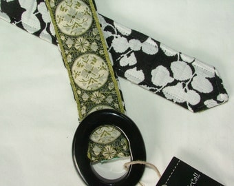 Ribbon belt, Reversible Belt, medallions in sage and black and white, size S/M