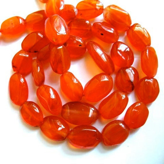 Carnelian 11MM x 8MM Smooth Polished Ovals --- 16 Stones --- Half  Strand - Beads - Gemstone Beads - Reduced From 17.70