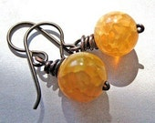 Dragon Vein Agate Earrings, handmade.  Yellow, Golden.  Golden Delicious.