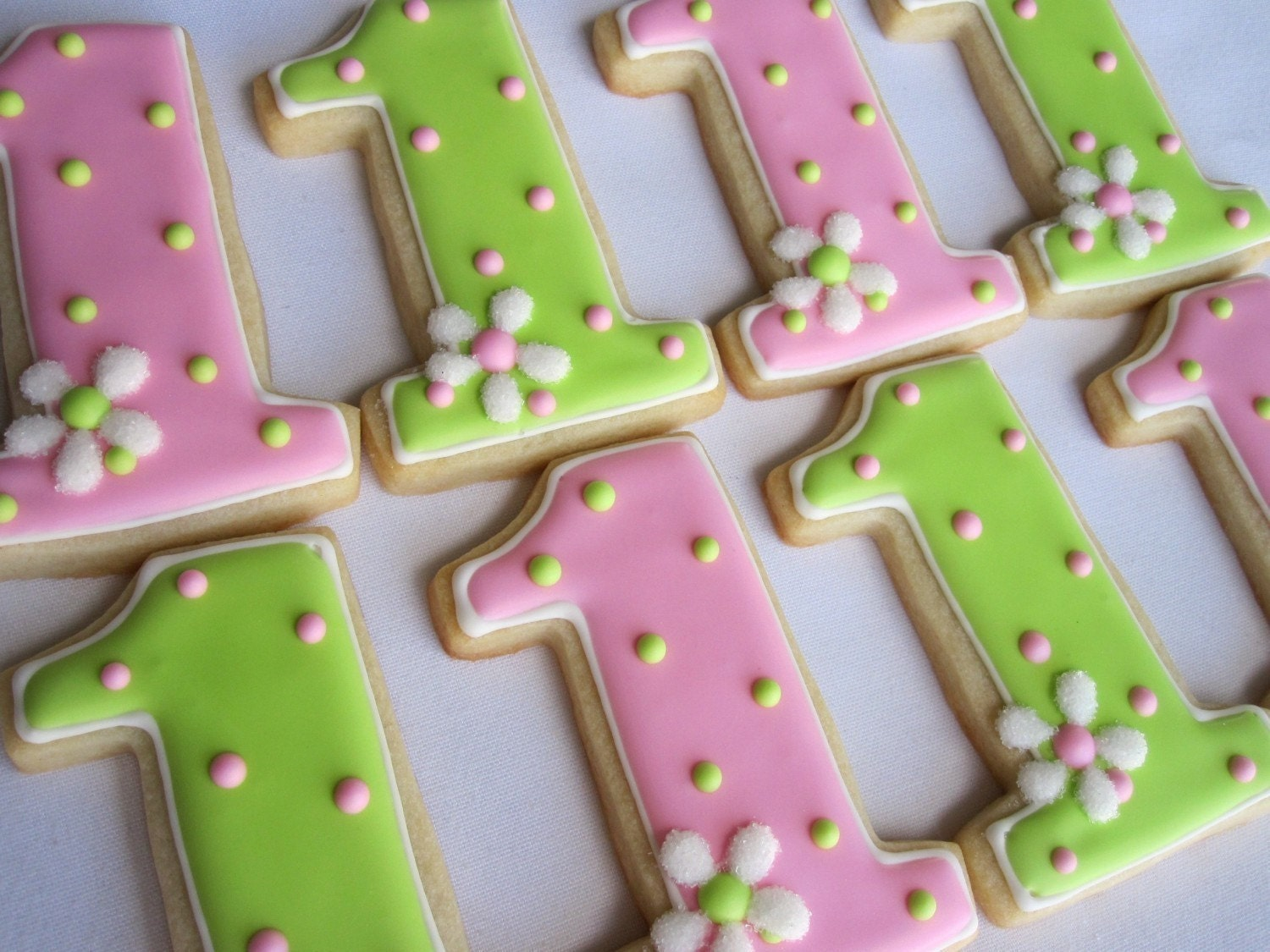 Number one sugar cookie birthday party favors 1 dozen for Number 1 decorations