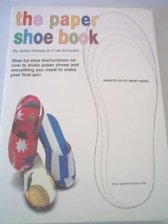the paper shoe book instructions on how to make paper shoes. Black Bedroom Furniture Sets. Home Design Ideas