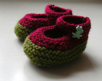 Hand Knitted Red and Green Baby Booties Mary Jane Christmas Santa Infant Toddler Newborn NB Handmade Custom Baby Shower Gift Frog