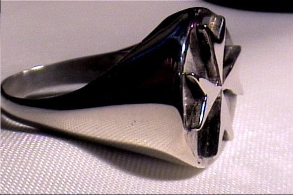 Mans Maltese Cross Silver Ring