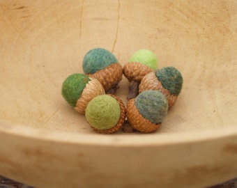 Forest Green Acorns, Six Felted Wool Acorns, Nature Inspired and Eco Friendly home decor - bring an Autumn burst to your fall decorating.