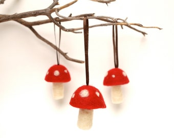 Red Toadstool Ornaments, red felted mushroom decorations woodland tree, handmade nature inspired white Christmas, Aice in Wonderland