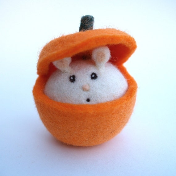 Pumpkin Toy, Felt Wool Mouse Waldorf Doll Felted All Natural Eco Friendly Boy Girl Children Kids Waldorf - Fall Autumn Gift - Waldorf