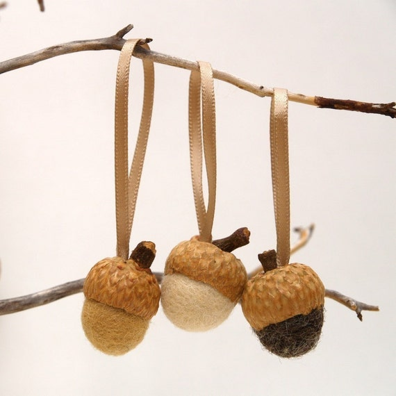 Acorn Ornaments for a Rustic Christmas, felted wool in natural woodland colors neutral - 24