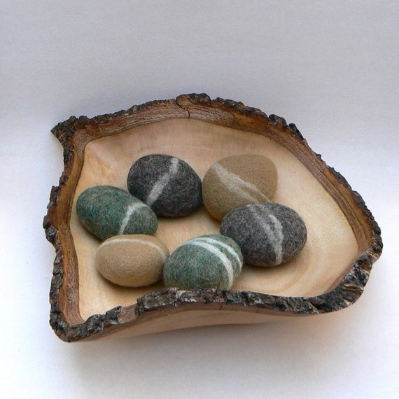 felted rocks pebbble stones wool felt home decor natural