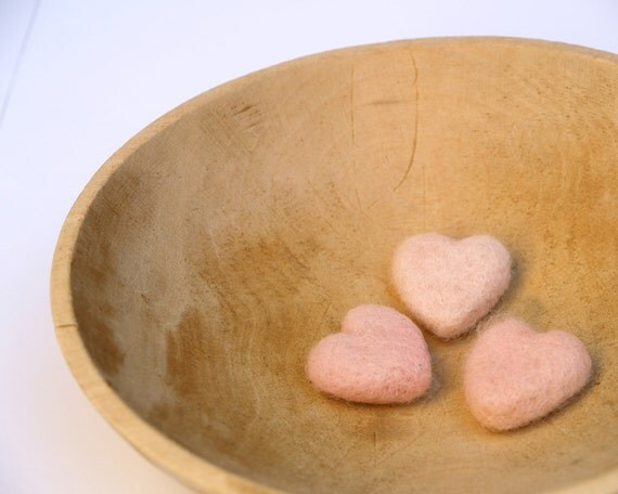 Pink Felt Hearts, Needle Felted Wool Love romantic home decor Christmas Gift for Mom Wife, pastel spring decorating, blush pale pink, rustic