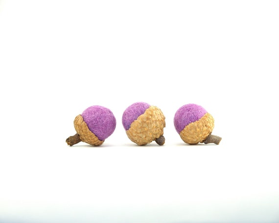 Wedding Favors, Lilac Purple Needle Felted Acorns, Shabby Chic Home Decor, Cottage Chic, French Country Lavender - 6
