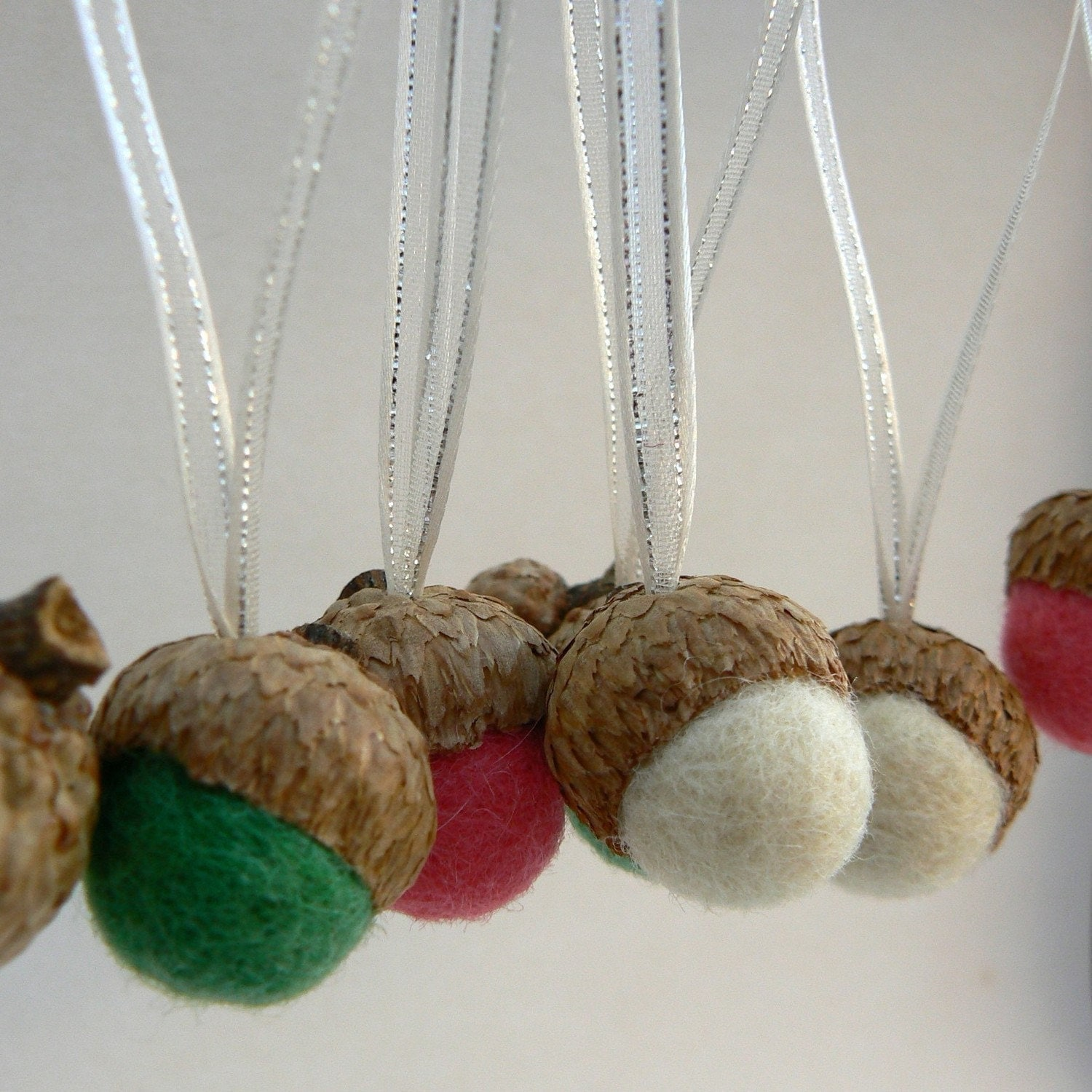 Candy cane ornaments acorn christmas tree decorations needle for Acorn decoration