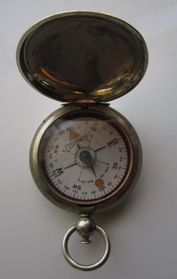 Vintage WWI Ceebynite Military Pocket Compass Antique Pocket Watch Case
