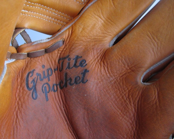 Vintage Wilson A2190 Ball Hawk Baseball Mitt Glove Billy