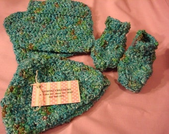 Hand-Painted Pure Cotton Baby Shower Set - Hat, Booties, Washcloths - Harbor 139