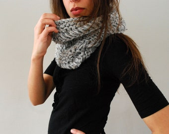 Chunky Hand Knit Cowl in Silver Fox