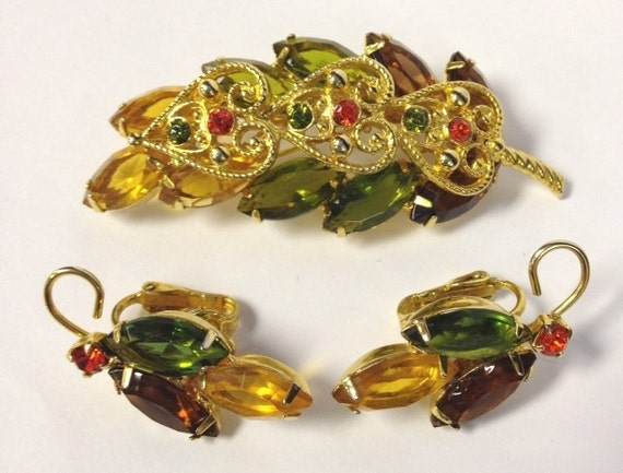 Reserved for Carol  SALE Gorgeous Vintage 50s/60s Juliana leaf rhinestone set D&E demi parue