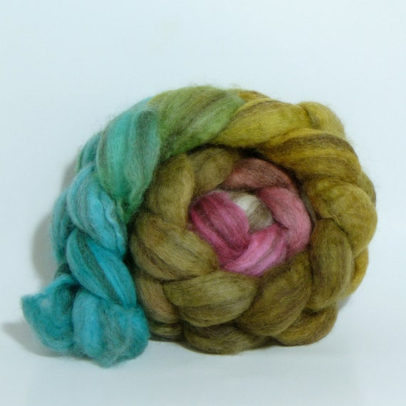 3.8oz Mixed Bfl Combed Top - Titian's Muse