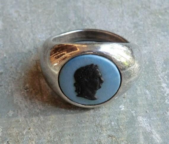 Vintage Sterling Wedgwood Blue Jasperware Ring