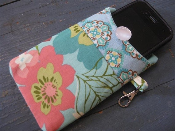 SALE.. Last One / iPhone 4/ iPod /Smart Phone Case/Sleeve/Holder / Floral in Aqua