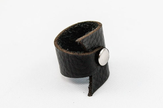 Black Leather Ring w/ Stud (Size 9)