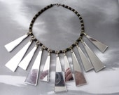 SALE --- Stunning Vintage Mirrored Jaggers Necklace