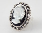 SALE ---- Size 6 Vintage Maiden Cameo Sterling Ring
