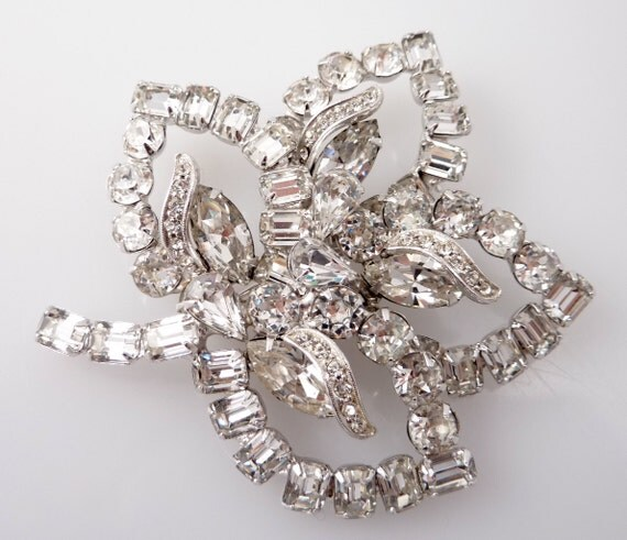 RESERVED for miraro00 ---- Giant Stunning Weiss Rhinestone Leaf Brooch