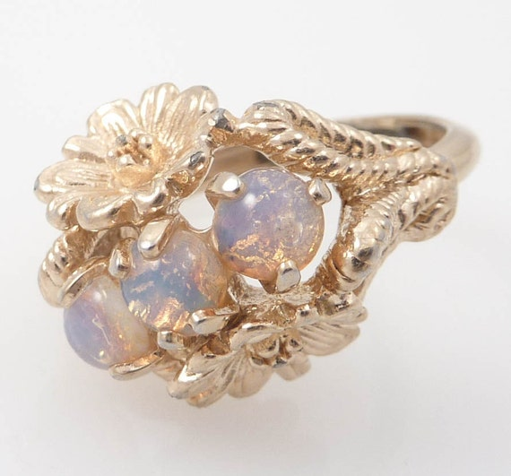 SALE ---- Stunning Vintage Avon Garland of Flowers and Aurora Glass size 7 1/2 Ring