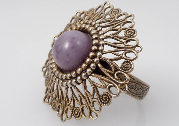 SALE ---- Vintage Size 9 Adjustable Art Nouveau Costume Ring