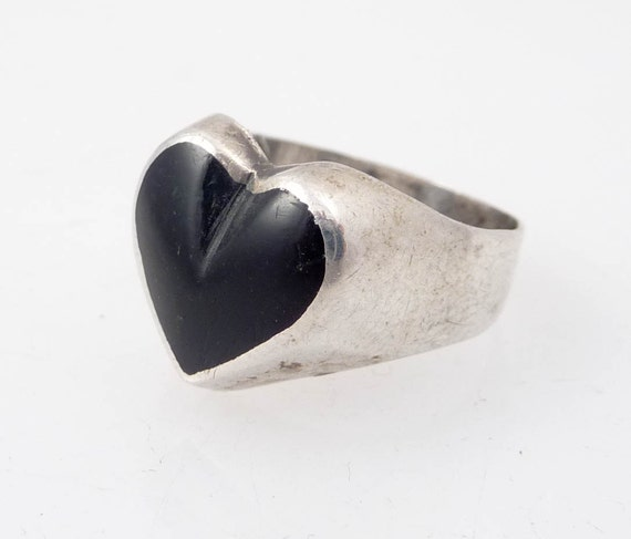 RESERVED for kenaione - Size 4.5 Vintage Sterling and Onyx Deep Dark Black Heart
