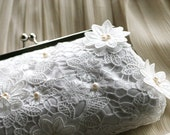 Bridal Lace Clutch with Freshwater Pearls in White 8-inch JARDIN2