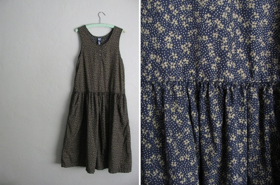 s a l e . vintage '90s MIDNIGHT GREY FLORAL & dots print maxi tank dress. size m.