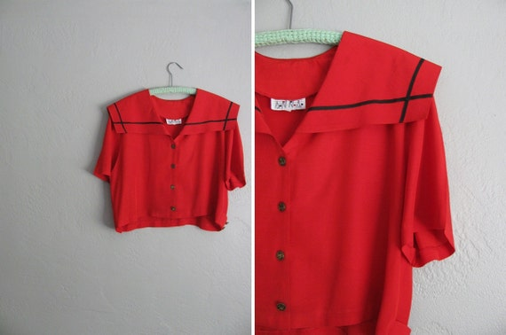 s a l e . vintage '80s bright CHERRY red NAUTICAL CROP top.
