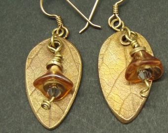 Flowers and Leaves Earrings in Bronze