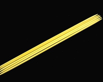 Silky, Smooth Bamboo Double Pointed Knitting Needle set - Available sizes 0-15