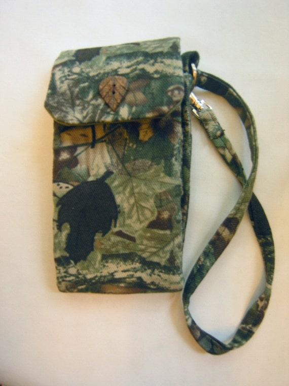 Camouflage wallet organizer