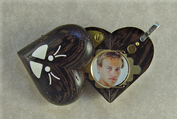 Illusionist Locket 412 Magic Heart Butterfly Pendant Puzzle