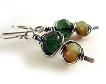 Green Glass Forest Herringbone Silver Earrings