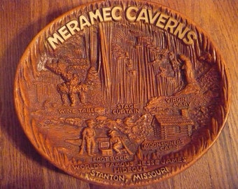 Meramec Caverns in Stanton, Missouri souvenir bowl
