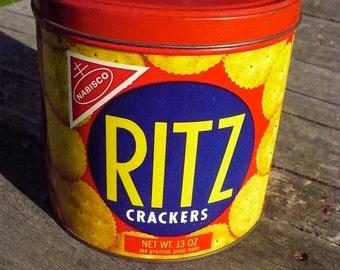 Ritz Cracker tin - 1977
