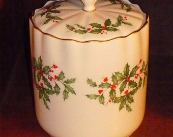 Lenox Holiday Holly & Berries Biscuit Barrel