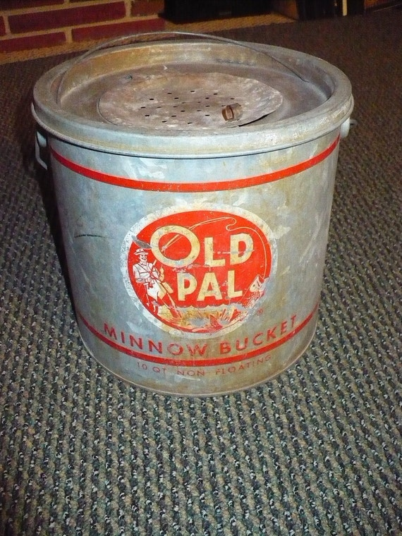 Vintage Old Pal non-floating minnow bucket by AusableRiverTrader