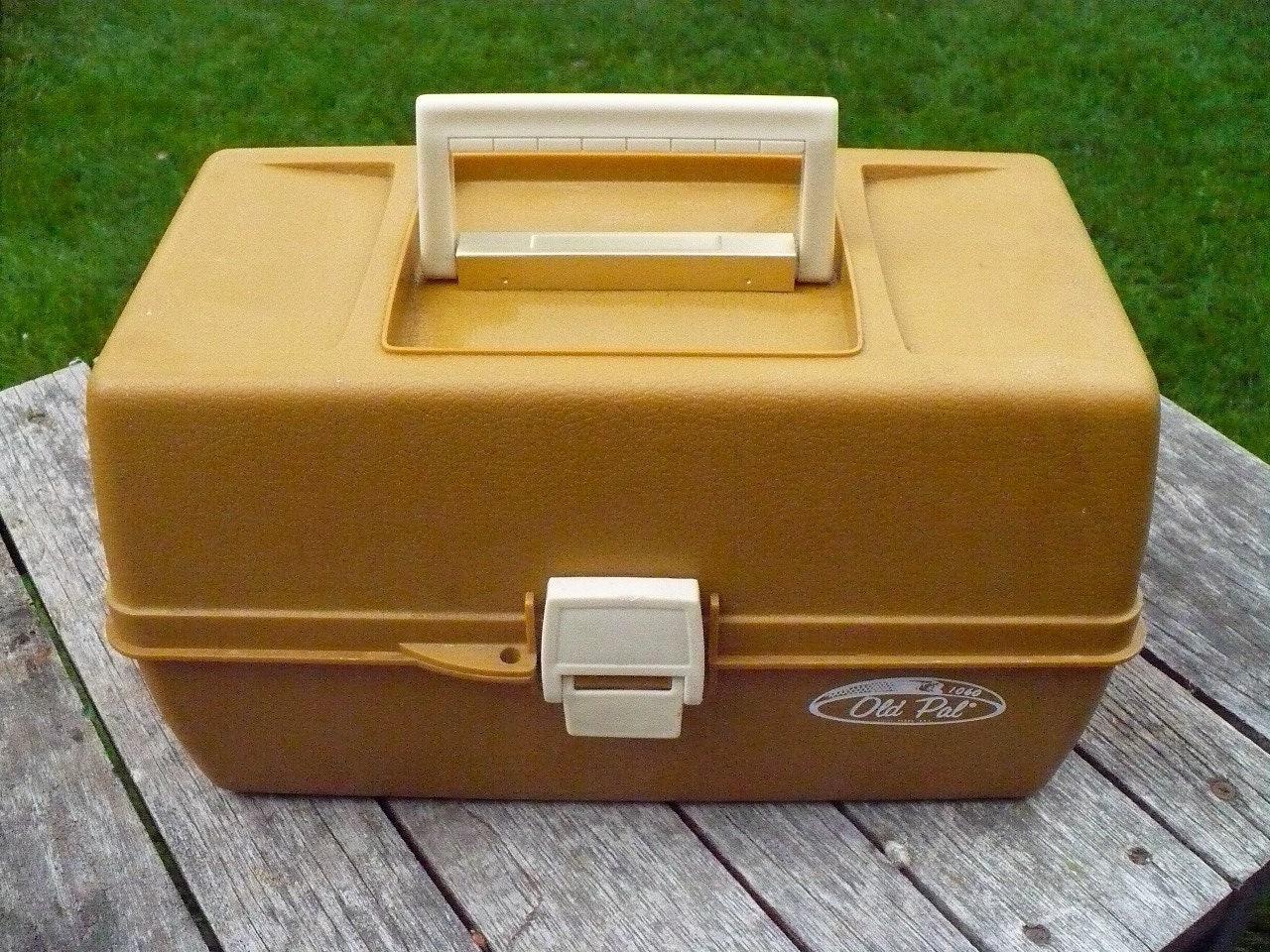 Old Pal Fishing Tackle Box by AusableRiverTrader on Etsy