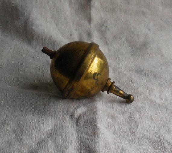 Antique Brass Globe Screw On Finial