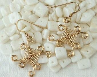 Hand woven 14kt Gold Wire Earrings, Sunrays Ojos Earrings